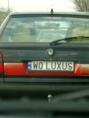 W0 LUXUS