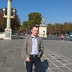 e-w-Paryzu